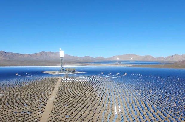 Dünyanın okyanusta yüzen ilk güneş enerjisi santrali yapılıyor