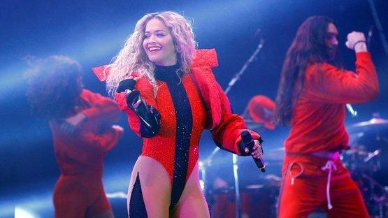 Rita Ora'dan 'bağımsızlık' konseri