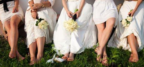Düğün fotoğrafçısı gelin ve damattan çok nedimeleri çekti! Fotoğrafları gören çift mahkemeye gitti