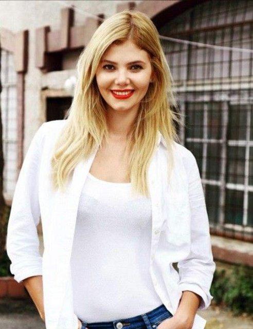 Ata Demirer, sevgilisi Alara Bozbey'ın doğum günün kutladı