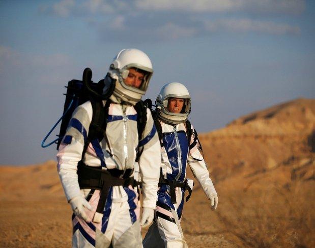 Mars'a çölden ilk adım