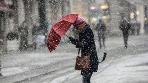 Meteoroloji'den uyarı: Kar İstanbul'un kapısına dayandı