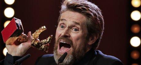 Berlin Film Festivali'nde Altın Ayı ödülü, Willem Dafoe'ya