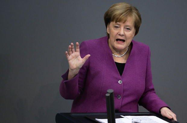 Merkel'den Suriye açıklaması: Rusya ile temas halinde olacağız