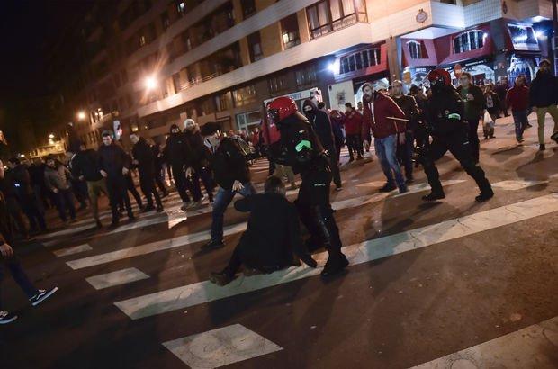 Athletic Bilbao - Spartak Moskova maçı öncesi 1 polis hayatını kaybetti