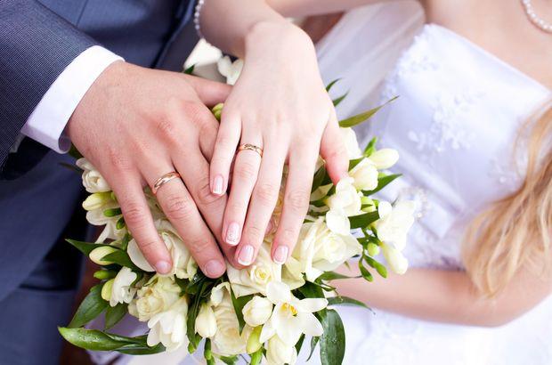 Boşandılar! Ünlü çift yurtdışında evlenmişti...