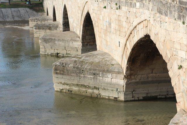 Hıdırlık Köprüsü'nün 8 asırlık macerası - Yaşam Güncel Haberler