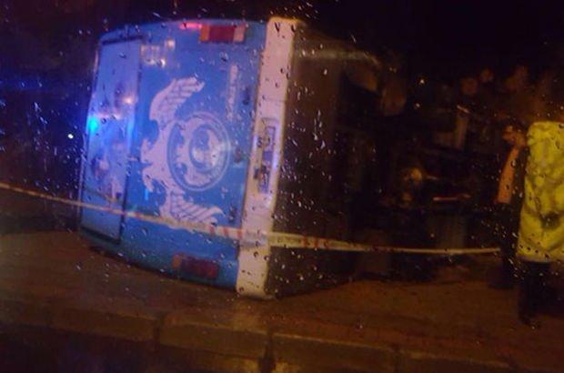 Askerleri taşıyan otobüs devrildi: 23 yaralı ile ilgili görsel sonucu