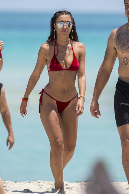 Metisha Schaefer Miami'de tatil yapıyor