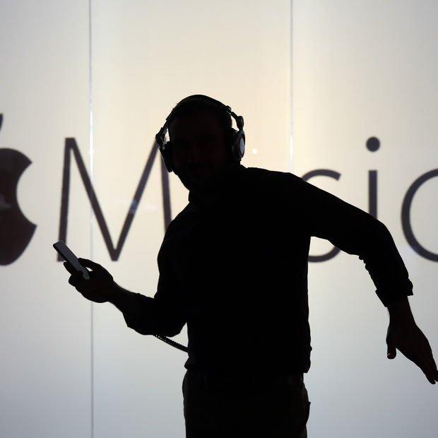 Apple beklenen hamleyi yapıyor! Yıl sonunda çıkacak!