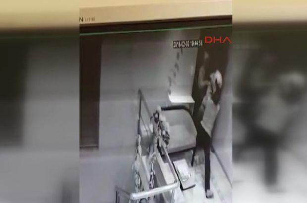 İstanbul'da soygun güvenlik kamerasında...