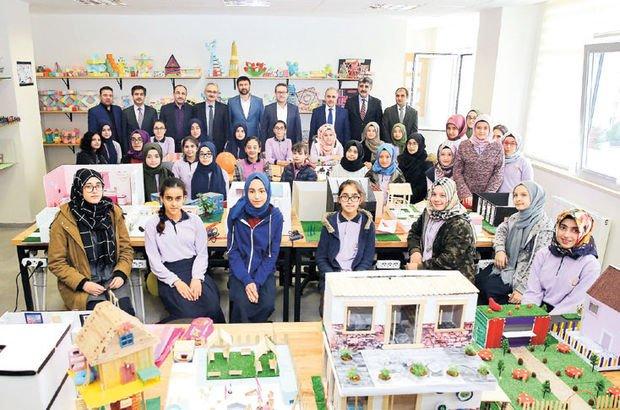 Okullara 'Türkçe Sokağı' geliyor!