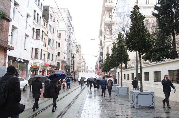 İstiklal Caddesi'nde ağaçlandırma çalışması başladı