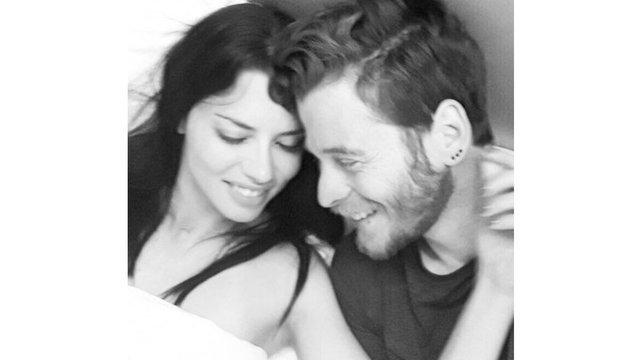 Adriana Lima'dan Metin Hara'ya romantik mesaj! - Magazin haberleri