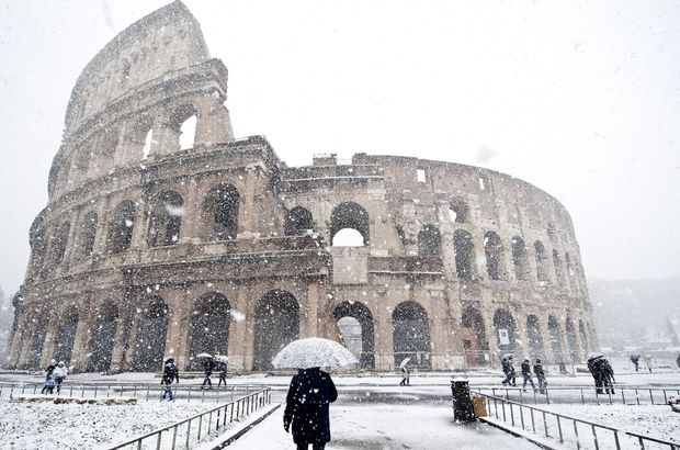 Avrupa'da Sibirya soğukları: 55 ölü