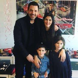 Mutlu aile...