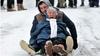86 yaşındaki ninenin kızak keyfi viral oldu