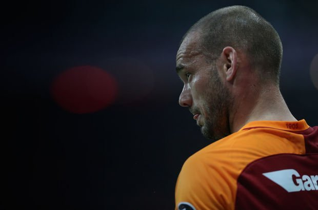 Sneijder'den flaş karar: Bıraktı!