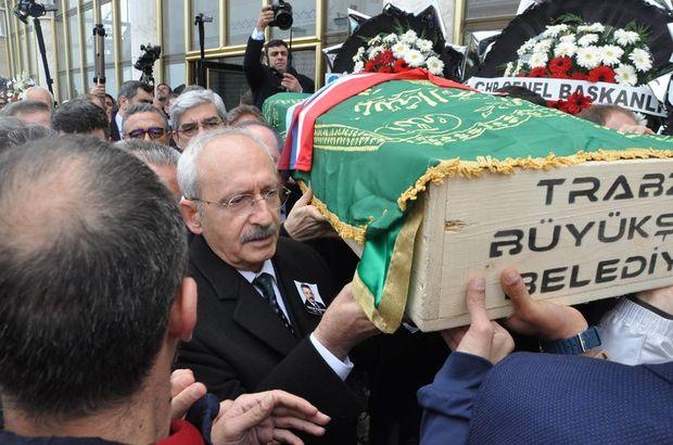 CHP'nin acı günü! Kılıçdaroğlu tabuta omuz verdi