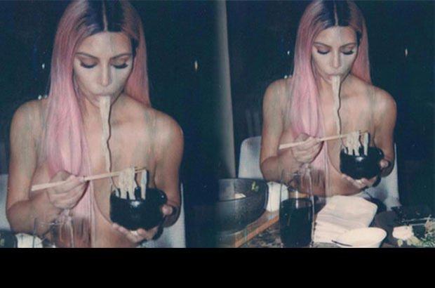 Kardashian üstsüz yemek yedi