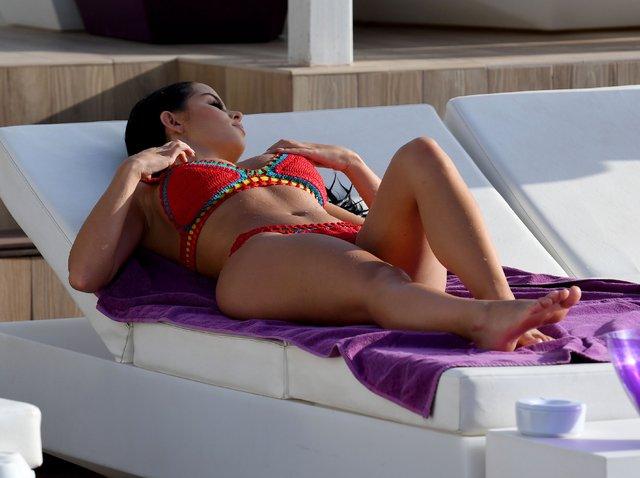 Demi Rose'un bitmeyen tatili - Magazin haberleri
