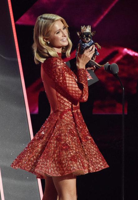 iHeartRadio Müzik Ödülleri'nde ünlülerin şıklığı
