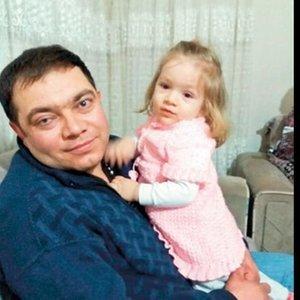 İŞ KAZASINDA İKİ GÖZÜNÜ DE KAYBETMİŞTİ! KIZINI İLK KEZ GÖRDÜ...