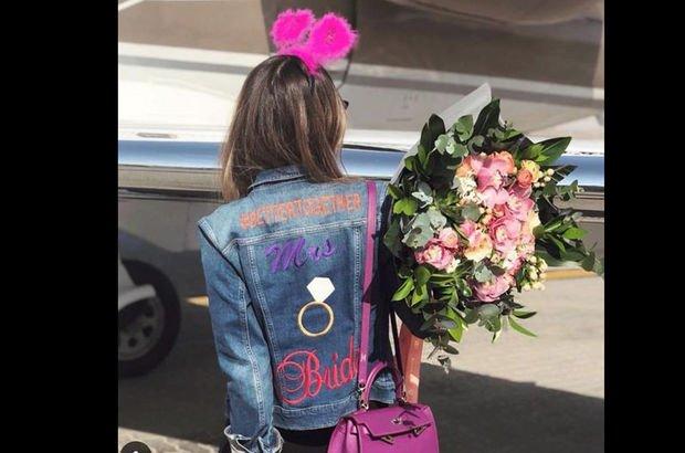 Mina Başaran'ın üstüneki kot ceketin sırrı