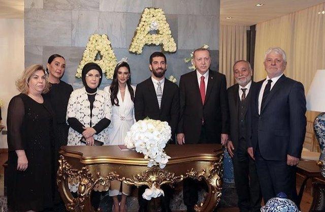 Arda Turan ile Aslıhan Doğan'ın yeni evi - Magazin haberleri