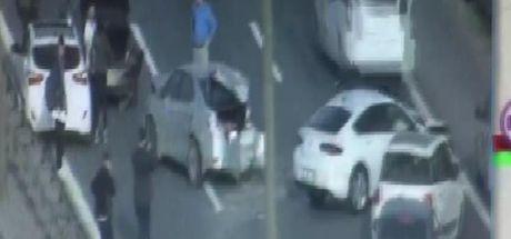 Son dakika: TEM Otoyolu'nda feci kaza