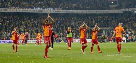 HTSPOR yazarları, Fenerbahçe-Galatasaray maçını değerlendirdi: Penaltı ve kırmızı kart...