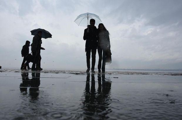 İstanbul'a beklenen yağış geldi!