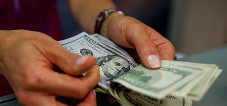 Dolar yeni haftaya yüksekten başladı