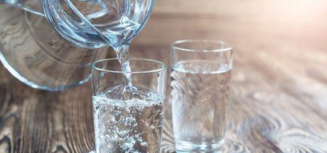 Uzmanlara göre günde en az 2 litre! Peki neden su içmeliyiz?