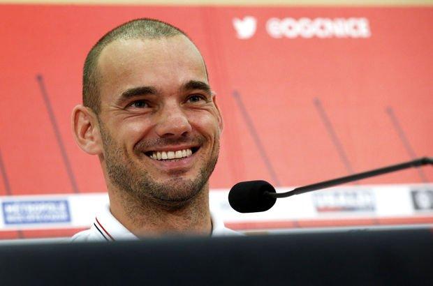 Sneijder'den flaş açıklama!