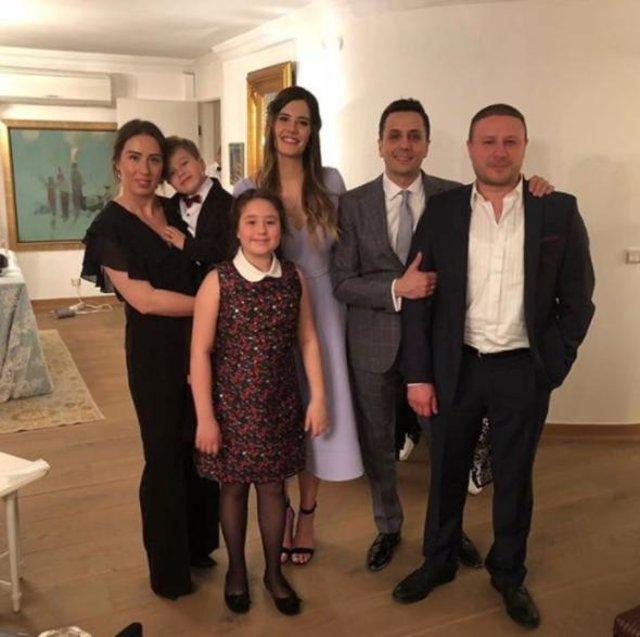 Müjgan Ferhan Şensoy ile Cem Öğet nişanlandı - Magazin haberleri
