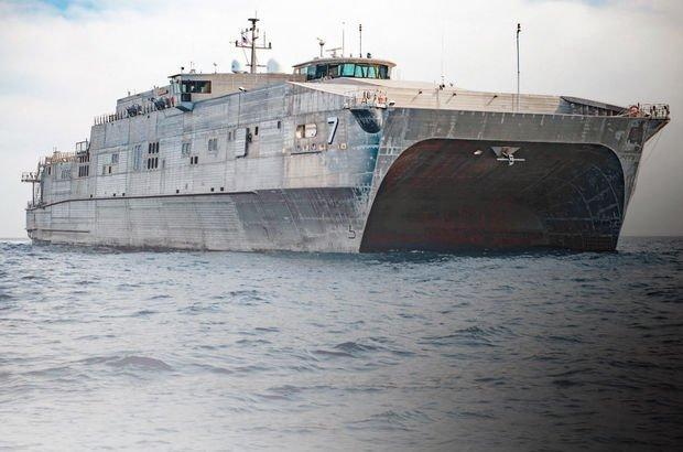 ABD'nin 6'ncı Filo'su Yunanistan'ın Siros Adası'nda