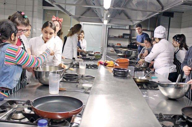 Down'lı çocukların mutfak hünerleri