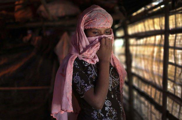 Arakanlı kadınlar ve kız çocukları fuhuşa zorlanıyor