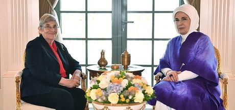 Emine Erdoğan, Canan Karatay'ı kabul etti