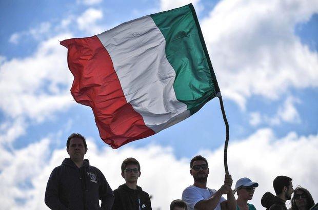 İtalya'da Afrikalı gence ırkçı saldırı