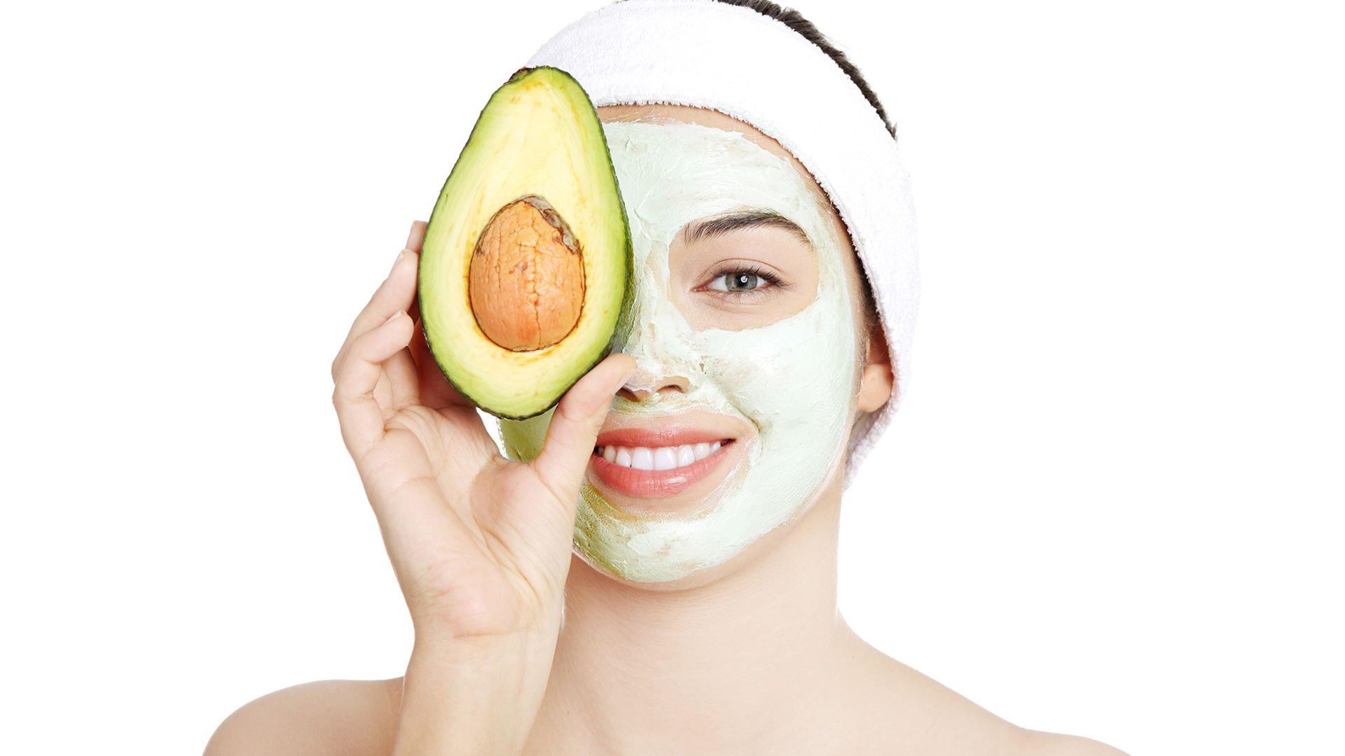 Yoğurtla Yüz Maskesi Nasıl Yapılır: Yoğurt Maskesi