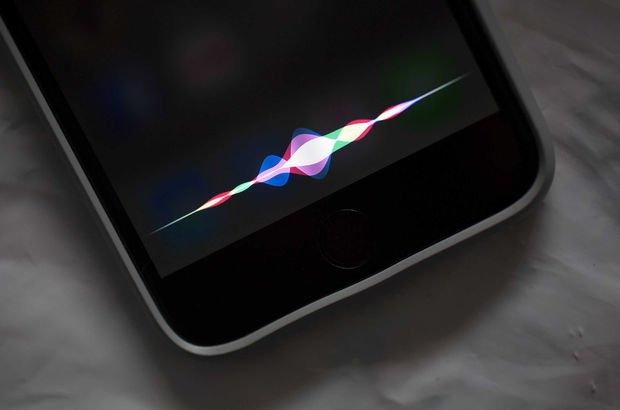 Siri, iPhone kullanıcılarının mesajlarını okuyor!