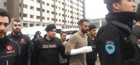Son dakika: Ünlü oyuncu Adnan Koç'a uyuşturucudan gözaltı