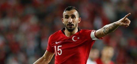 Mehmet Topal Türkiye İrlanda maçı sonrası şaşırttı: Bırakmayı düşündüm!