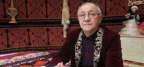 Kazaklar 3 bin yıllık aşık oyununu yaşatmaya çalışıyor