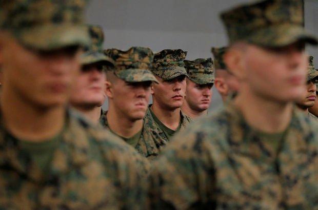 Trump'tan bir yasak daha: Orduda görev yapamayacaklar!