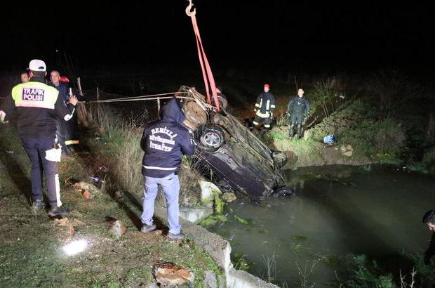Denizli'de son dakika: Korkunç kaza! Otomobil su birikintisine devrilince...