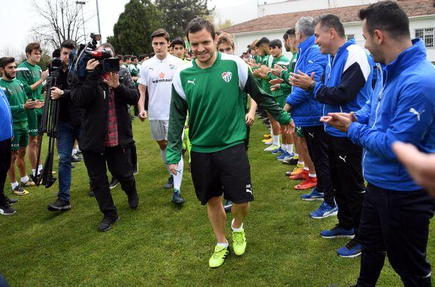 Batalla genç futbolcularla bir araya geldi