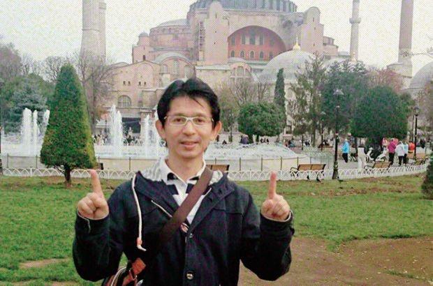 6 kişilik çete Japon engelliyi dolandırdı